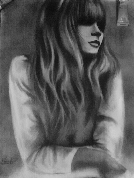 عکس های نقاشی با ذغال