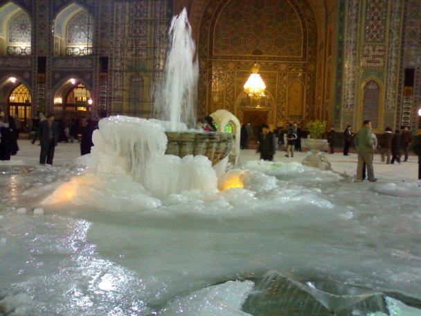 ع کیک برا پایان خدمت داستان فیلم یک گل یخ زده